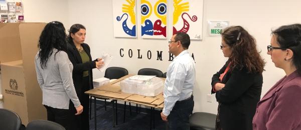 El Consulado de Colombia en Boston dio apertura oficial a elecciones en el exterior para Congreso de la República